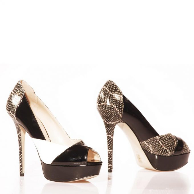Guess decollete shoes